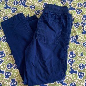 Boys pull on pants